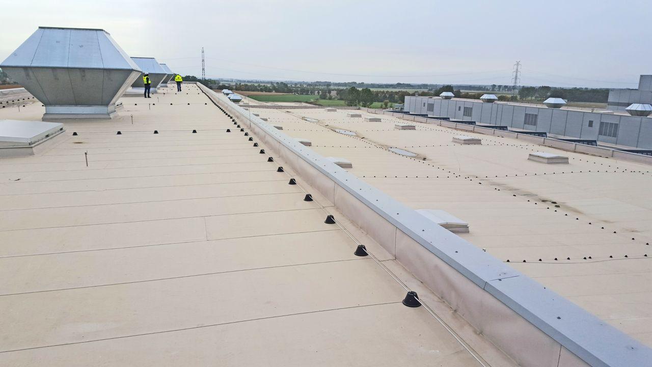 Sarnafil waterproofing membrane on all roofing areas on Volkswagen Plant in Wrzesnia