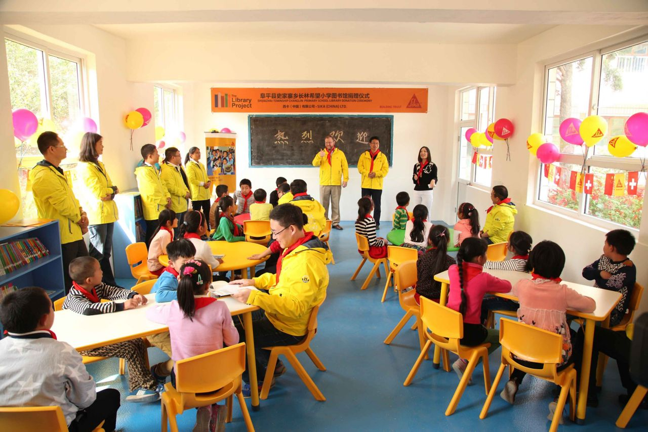 Sika helped to create reading rooms and corners in 99 schools, donating more than 94,000 books.