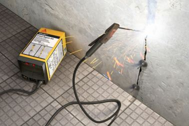 Illustration rendering of concrete crack being repaired with Sikadur Crack Repair Kit