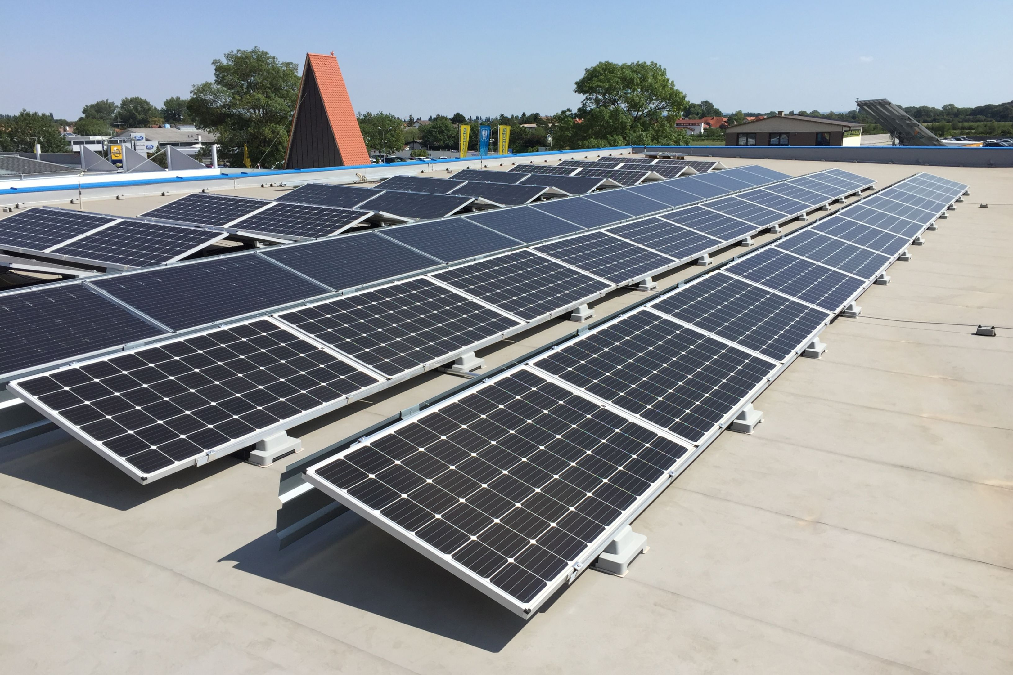 Sika SolarMount-1 on solar roof installed in south configuration in Oeynhausen, Germany