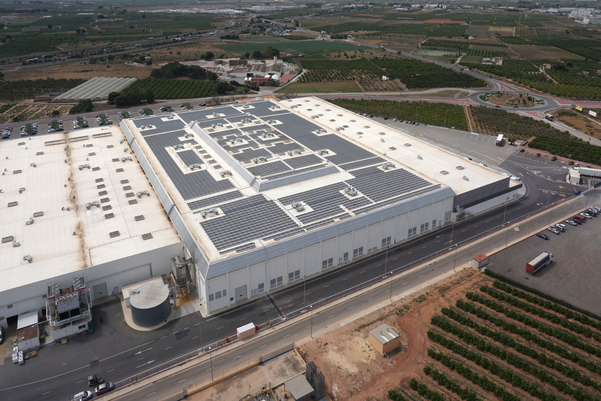 Sika SolarMount-1 on 1.1 MWp solar roof installed in south configuration in Valencia, Spain