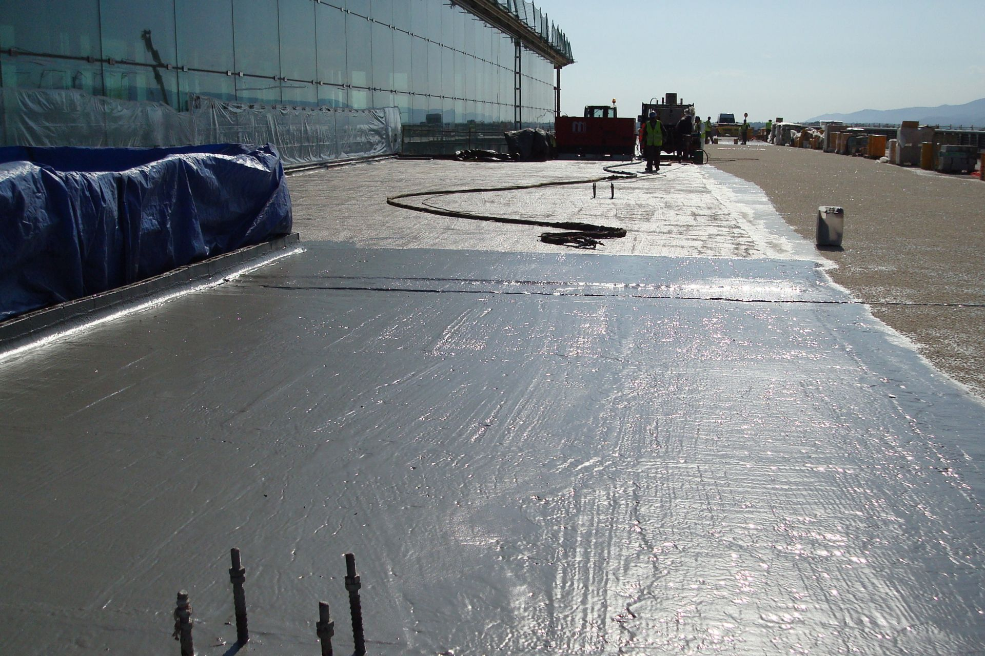 LAM Waterproofing System applied on the access road to Barcelona El Prat Airport Terminal