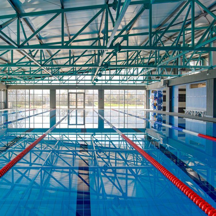 在伊庇鲁斯体育与健康中心在约阿尼纳,希腊的游泳池