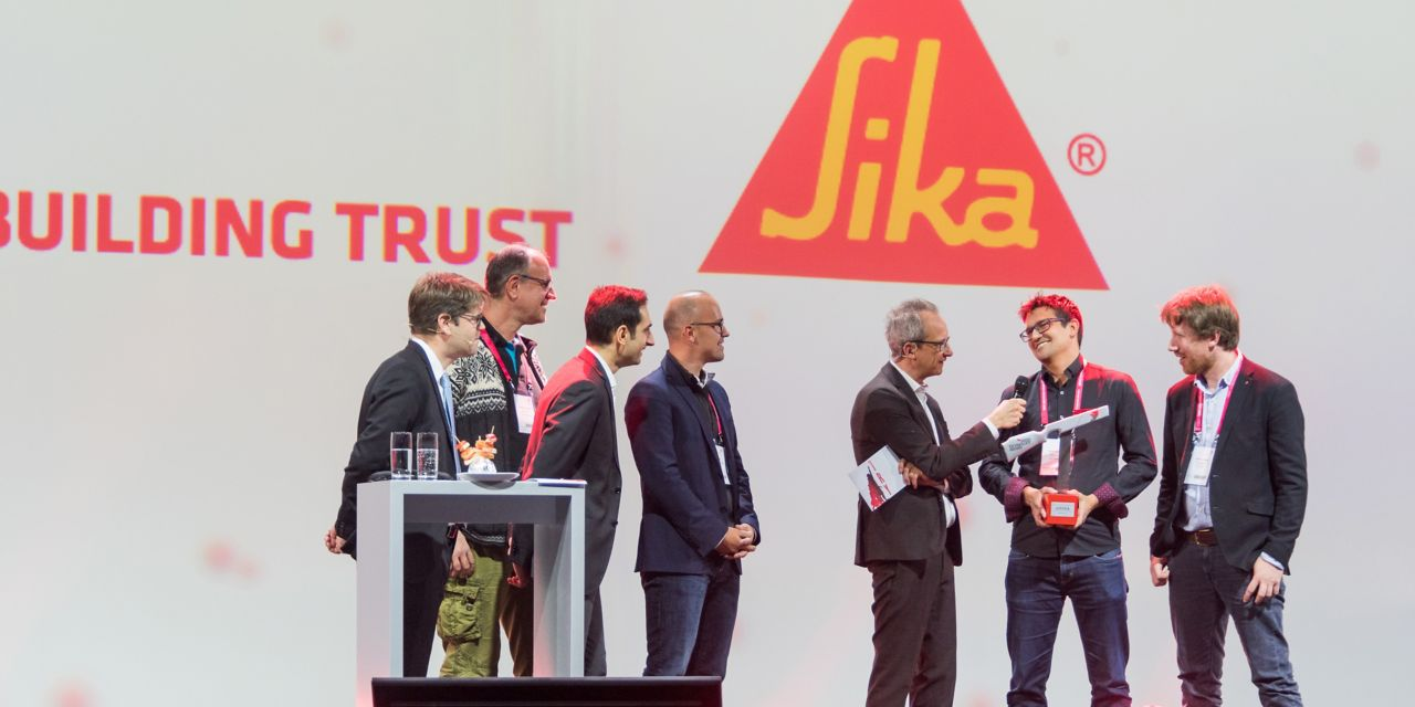 Team receiving the Swiss Technology Award