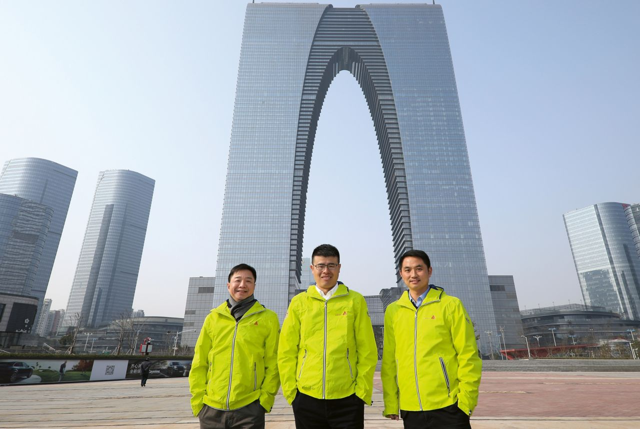 西卡中国 - 苏州中心前面的项目团队