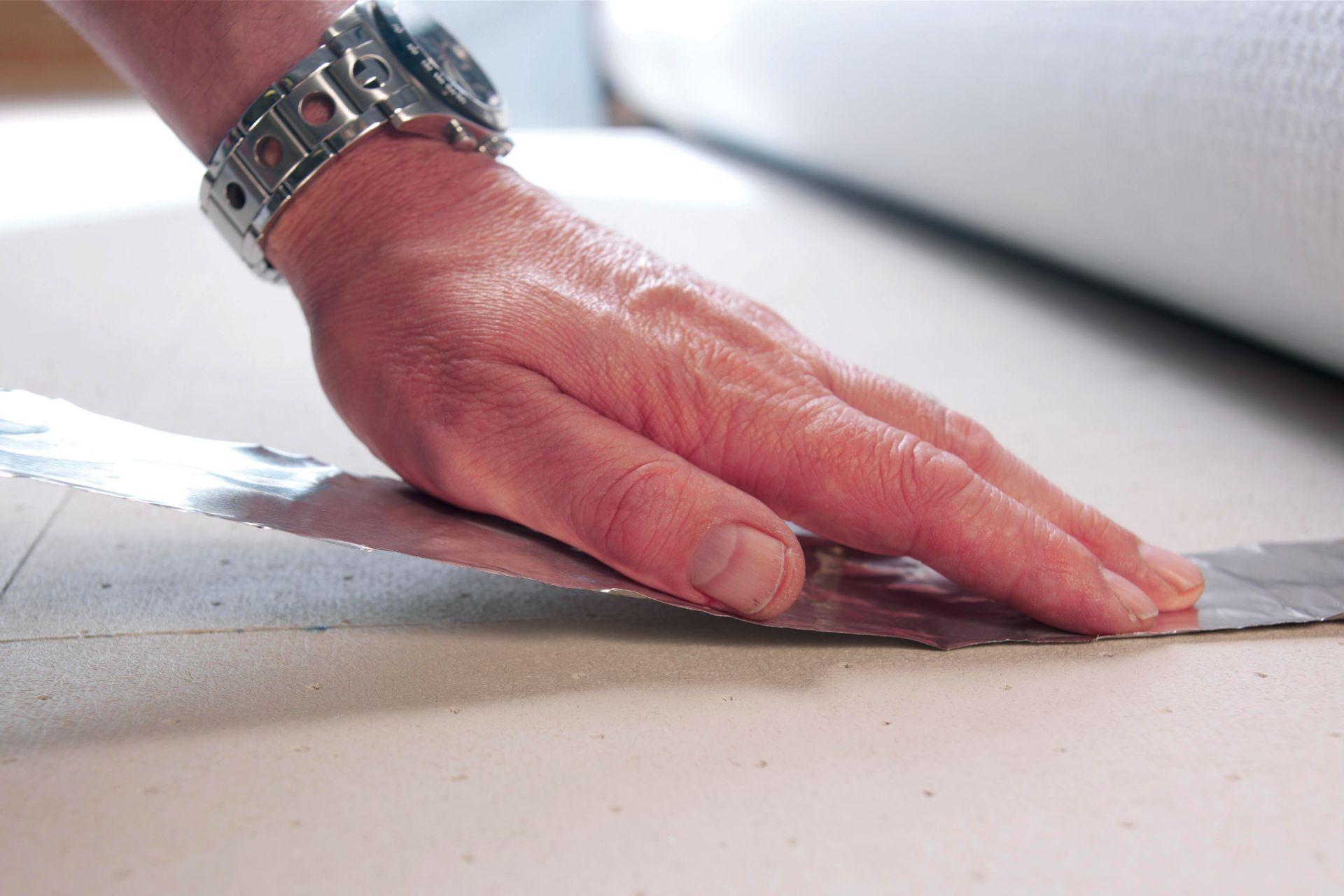 Thermal Insulation Aluminium Tape applied