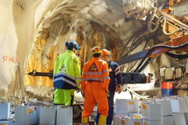 Sika engineers working with injections in tunnel construction