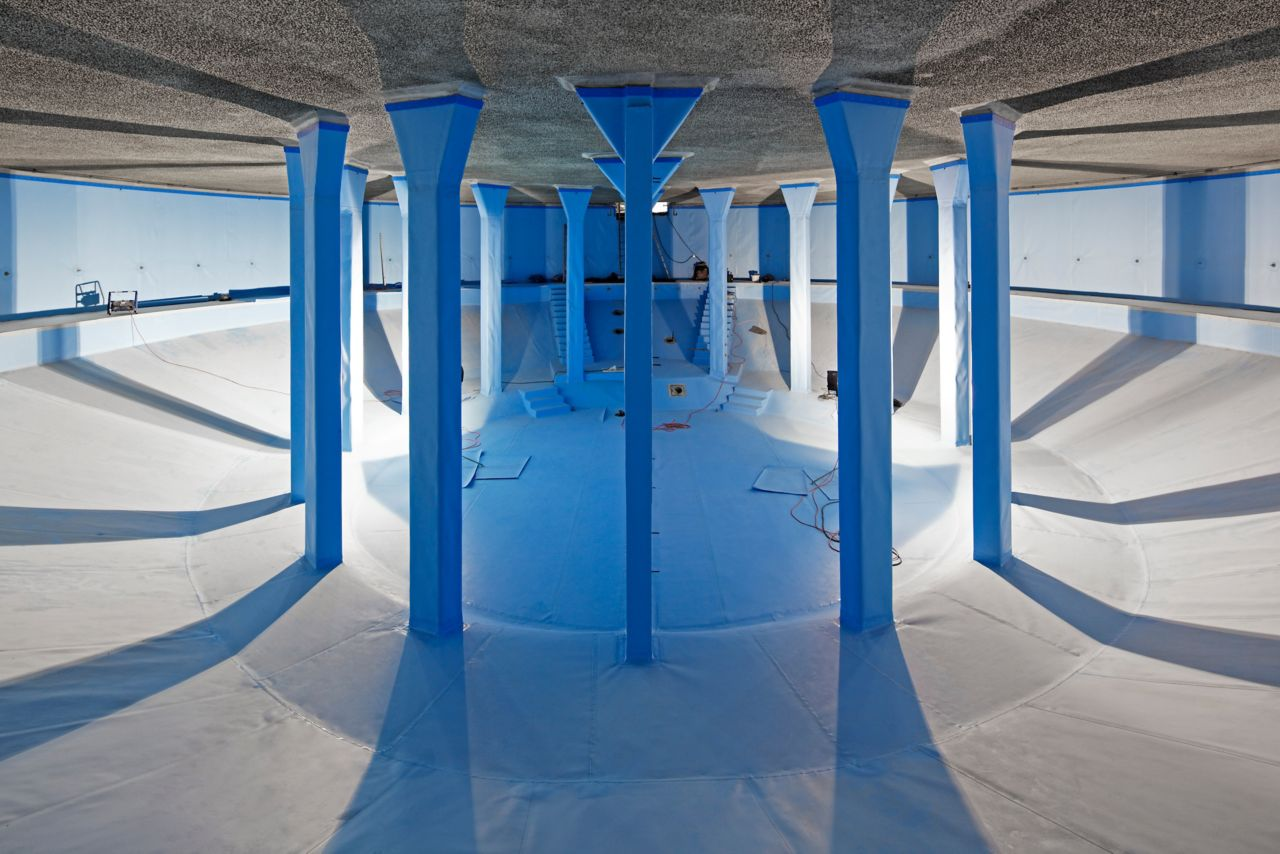 Interior of public drinking water reservoir in Offenberg Germany with Sikaplan waterproofing membrane