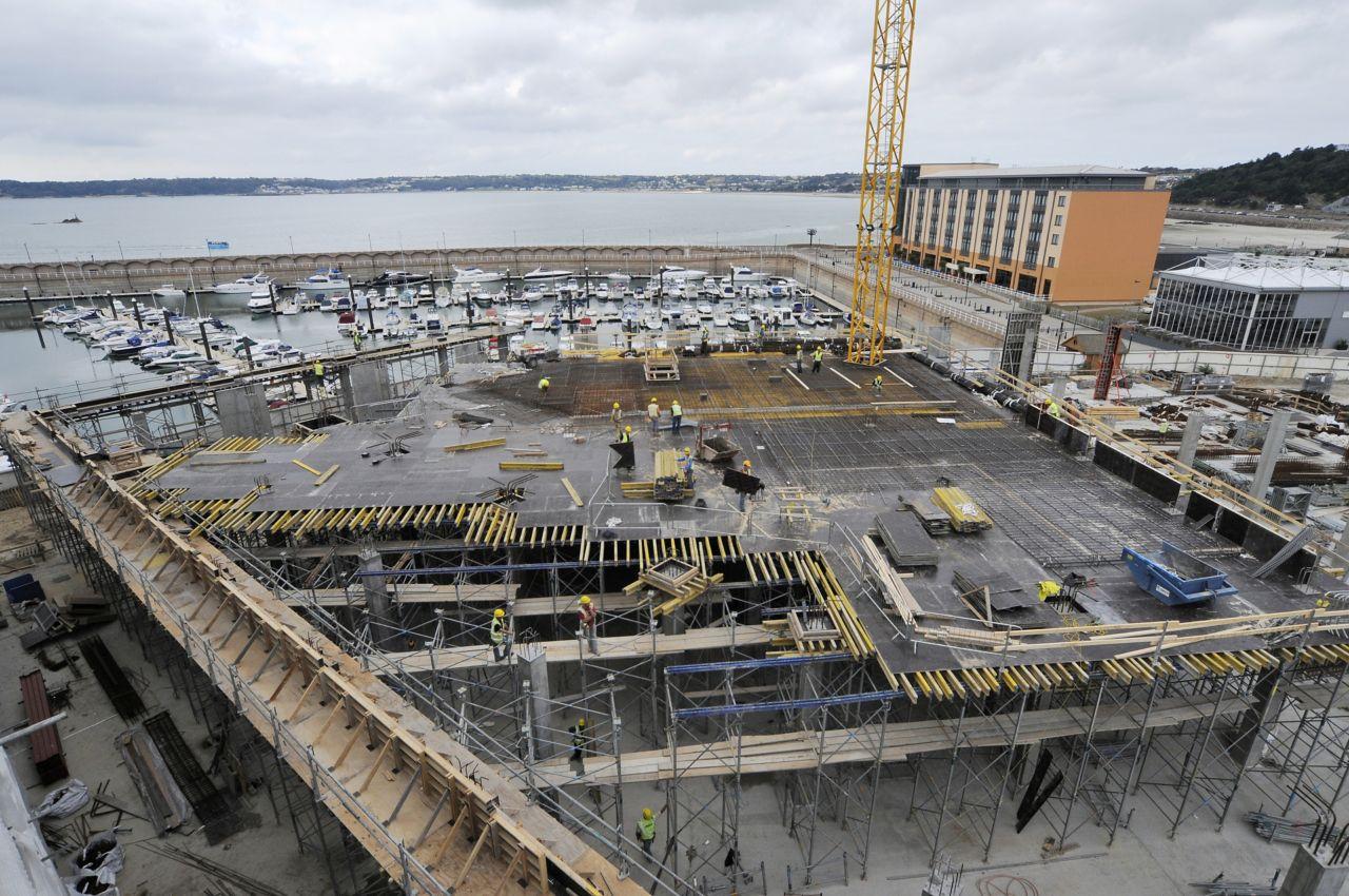 Basement waterproofing with watertight concrete