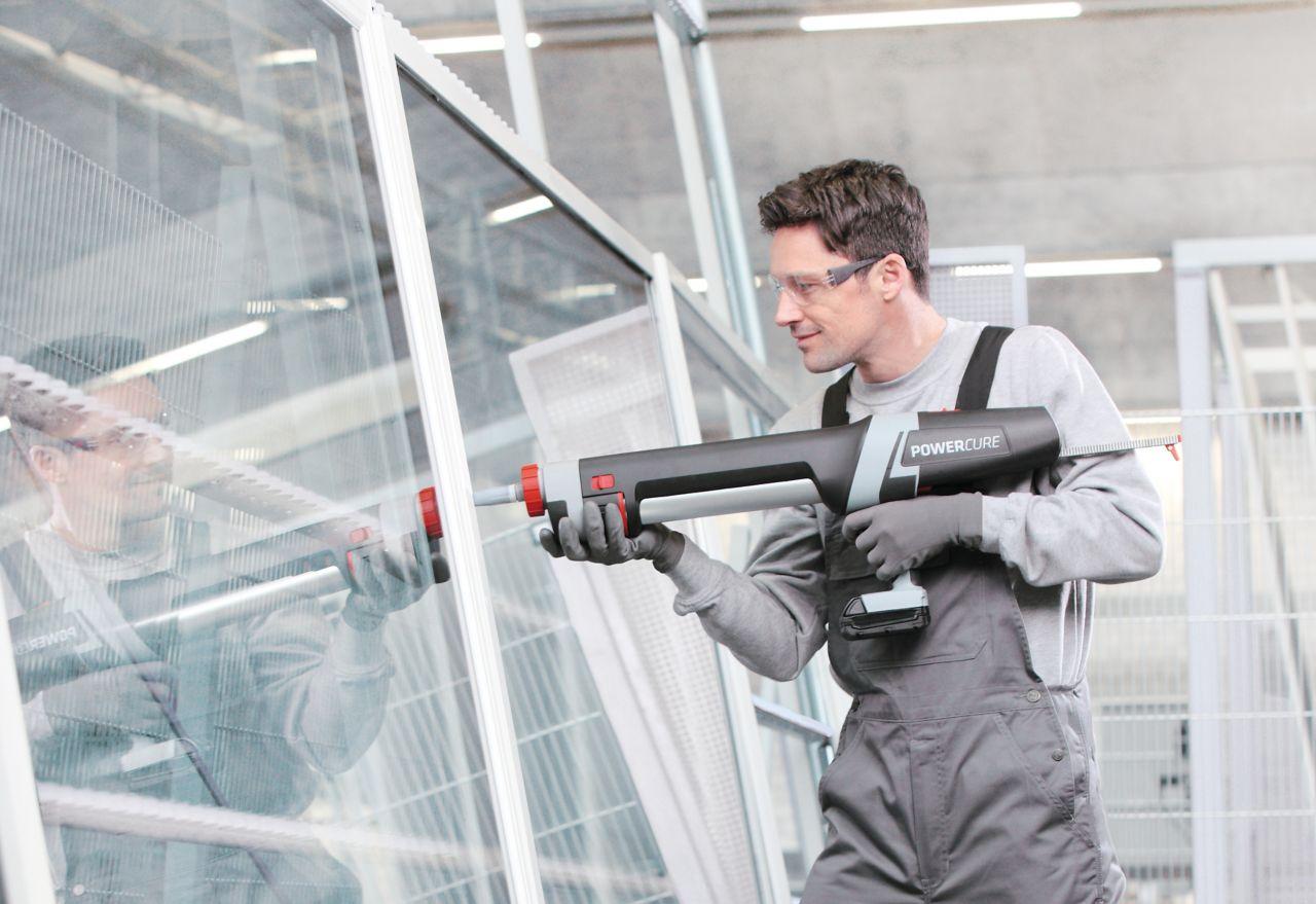 应用在窗口的工作者在窗口在更开窗而常的制造厂