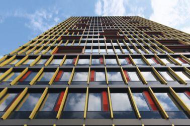 Building with structurally bonded windows leutschentower, zurich, switzerland