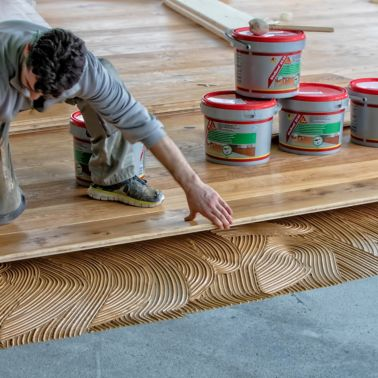Wood floor bonding with SikaBond adhesive