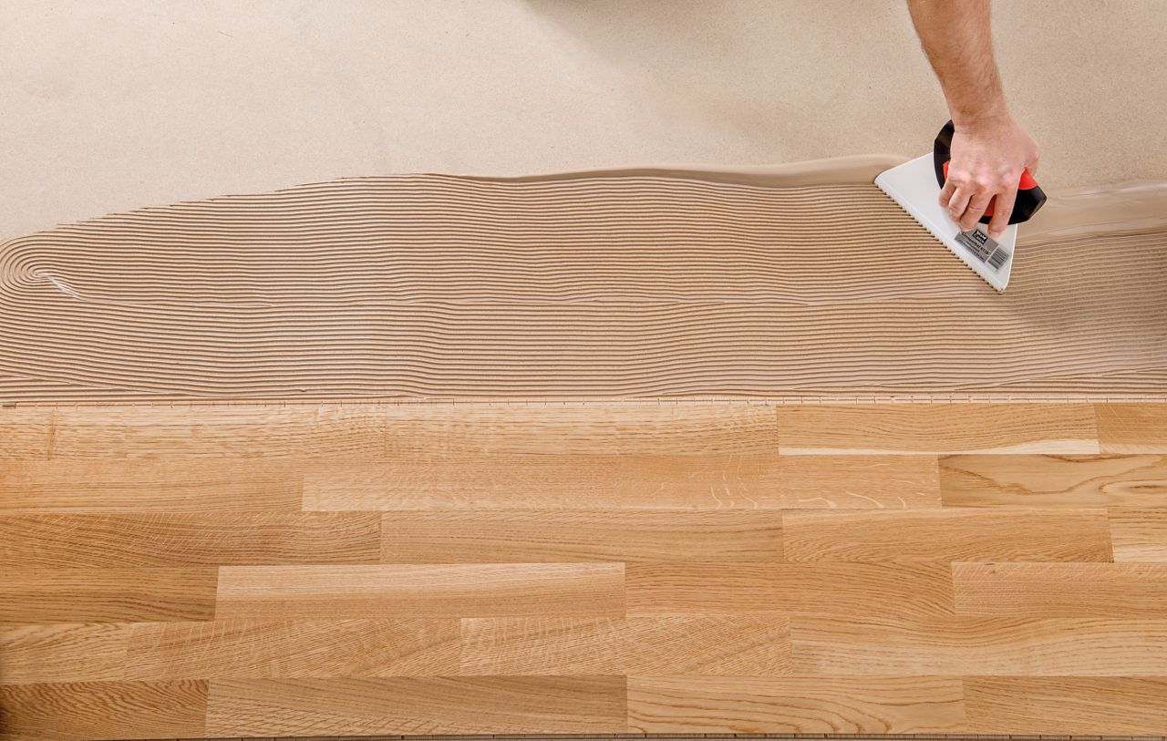 Wood floor bonding with SikaBond® adhesive