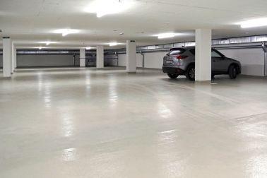 Parque de estacionamiento y revestimiento 1
