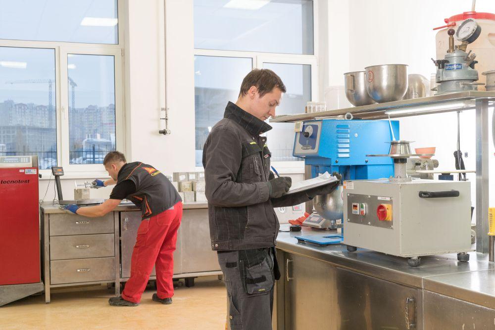 Лаборатория физико-механических испытаний бетонов и бетонных смесей