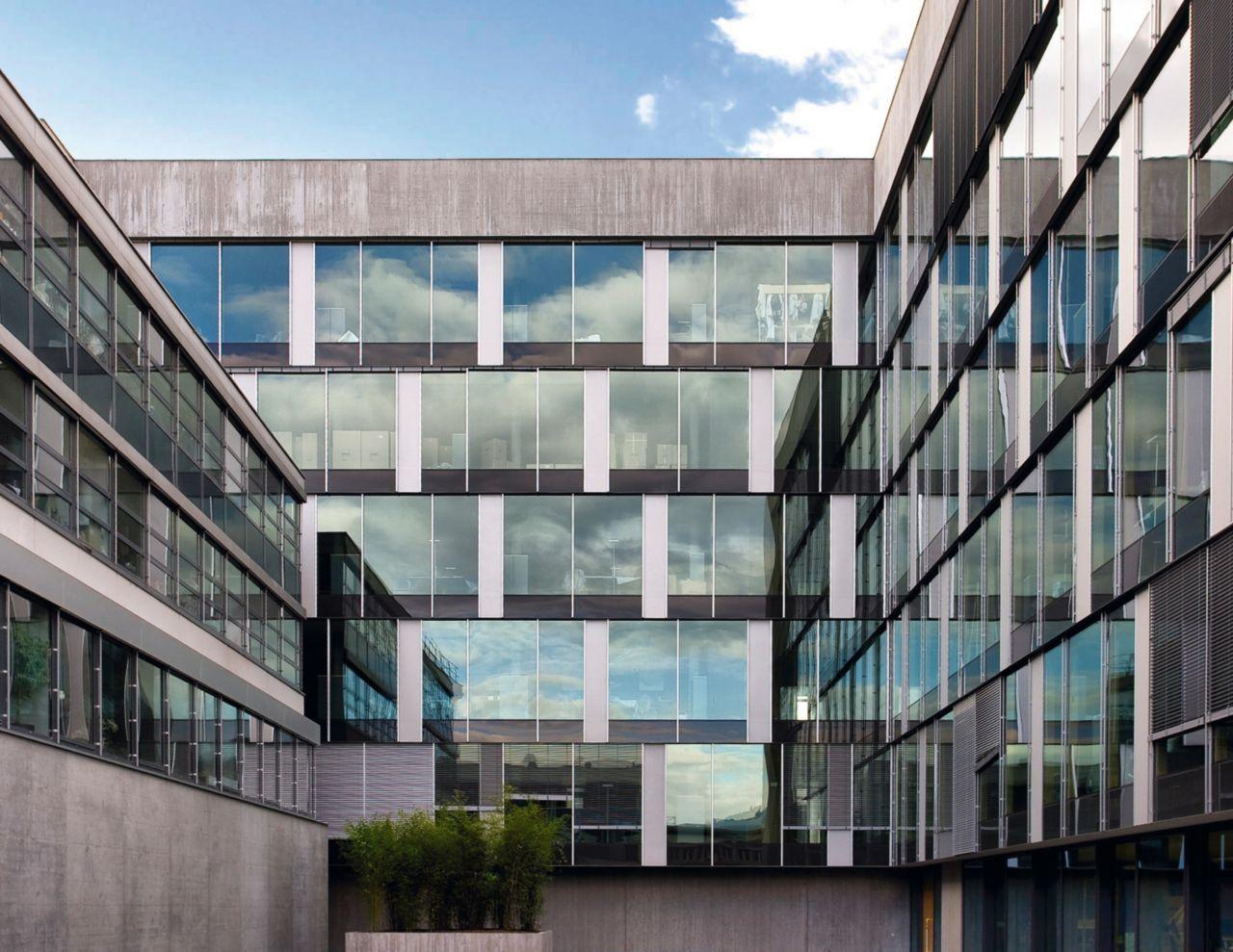 Sika Teknoloji Merkezi - Zürih, İsviçre