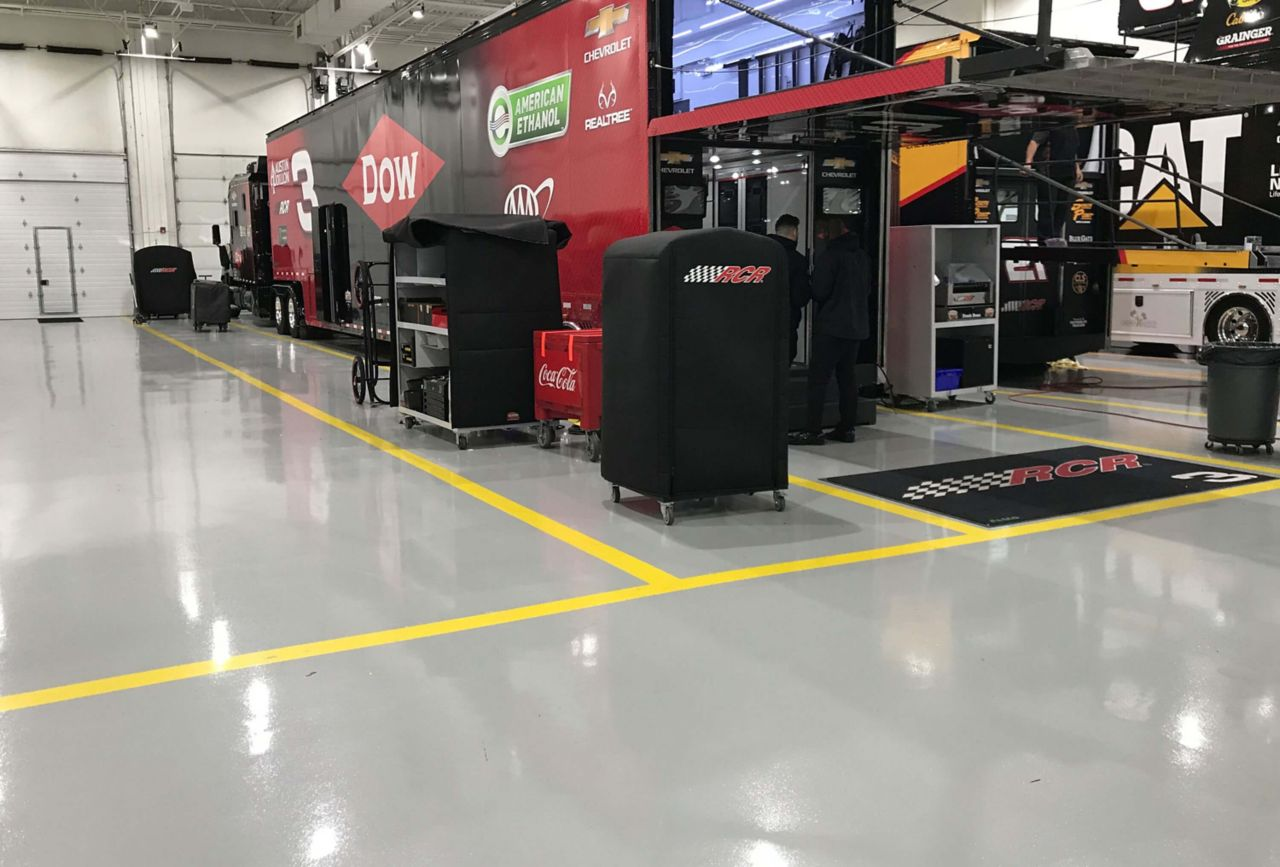 Childress Racing Center Automotive