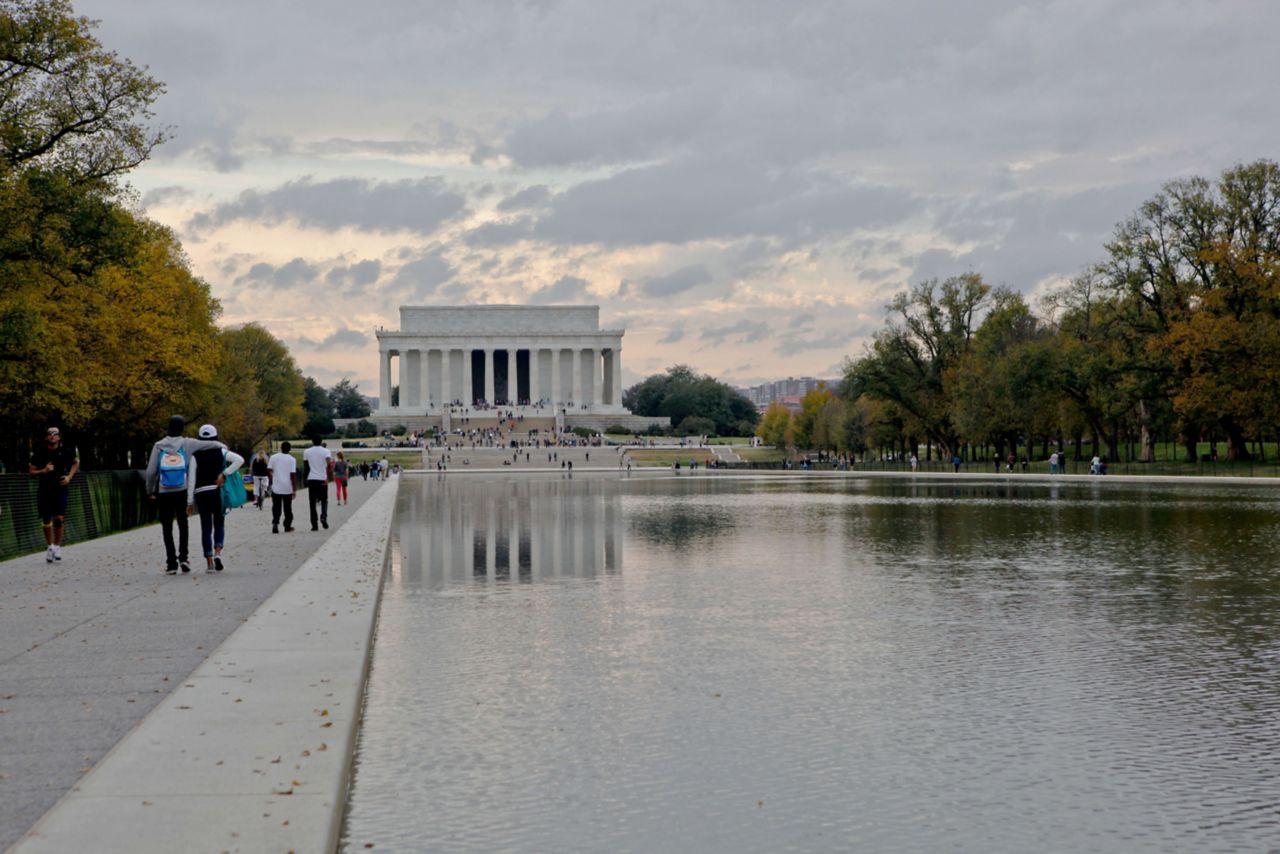 Lincoln Memorial Pool