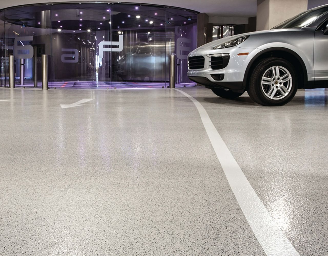 Porsche Center Decoflake Floors