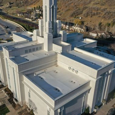Aerial view of Bountiful Temple with a white membrane Sarnafil Roof.