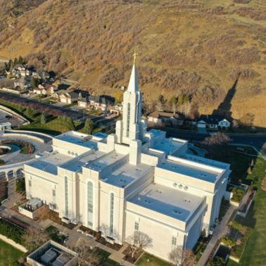 Aerial view of Bountiful Temple with a white membrane roof from Sarnafil.