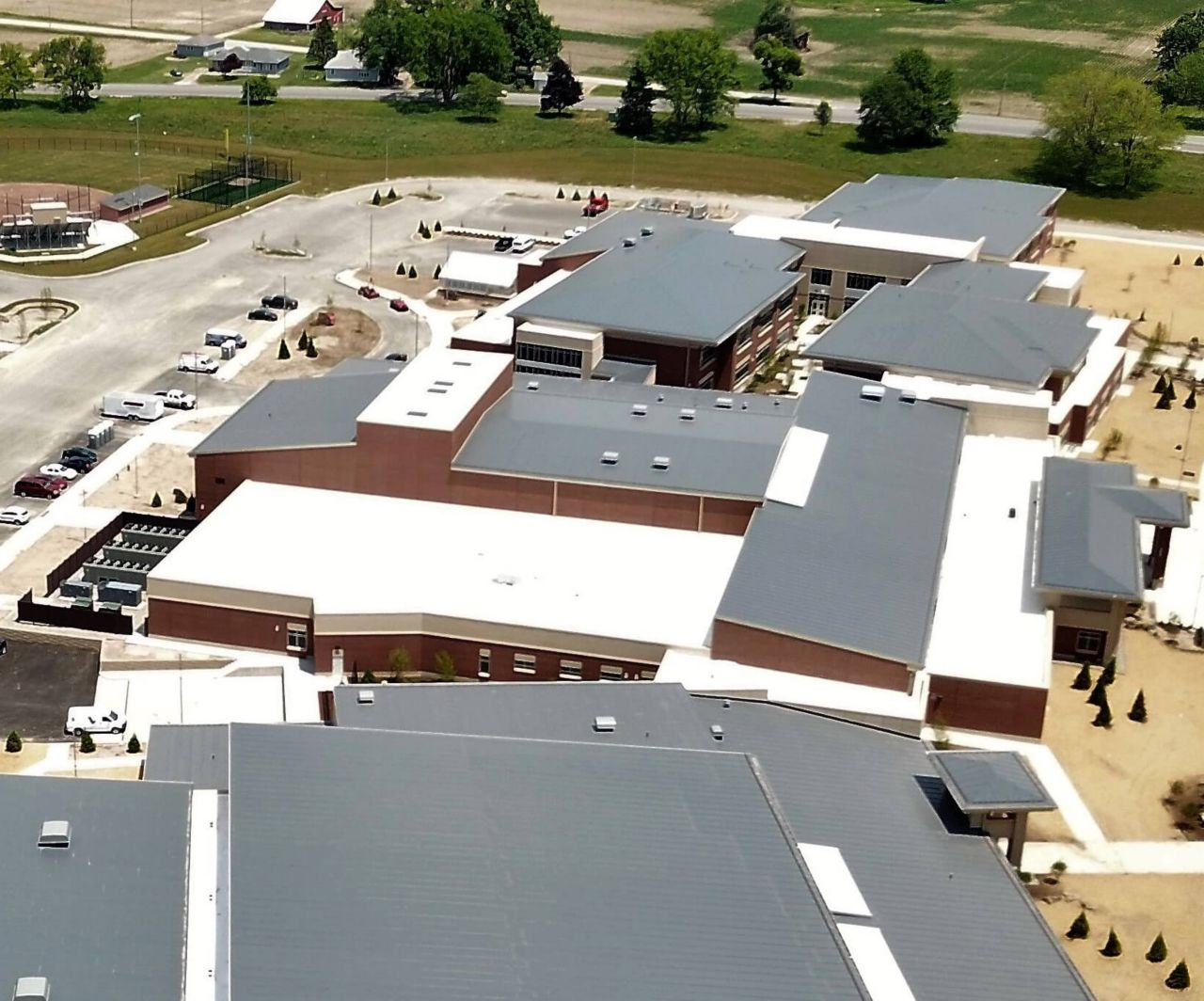 New Columbia City High School with a Sarnafil Membrane Roofing System
