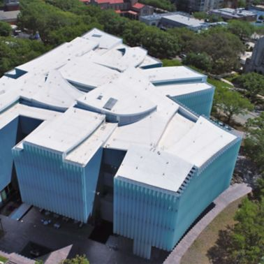 Aerial view of the Houston Museum of Fine Arts showing a white Sarnafil roofing membrane.