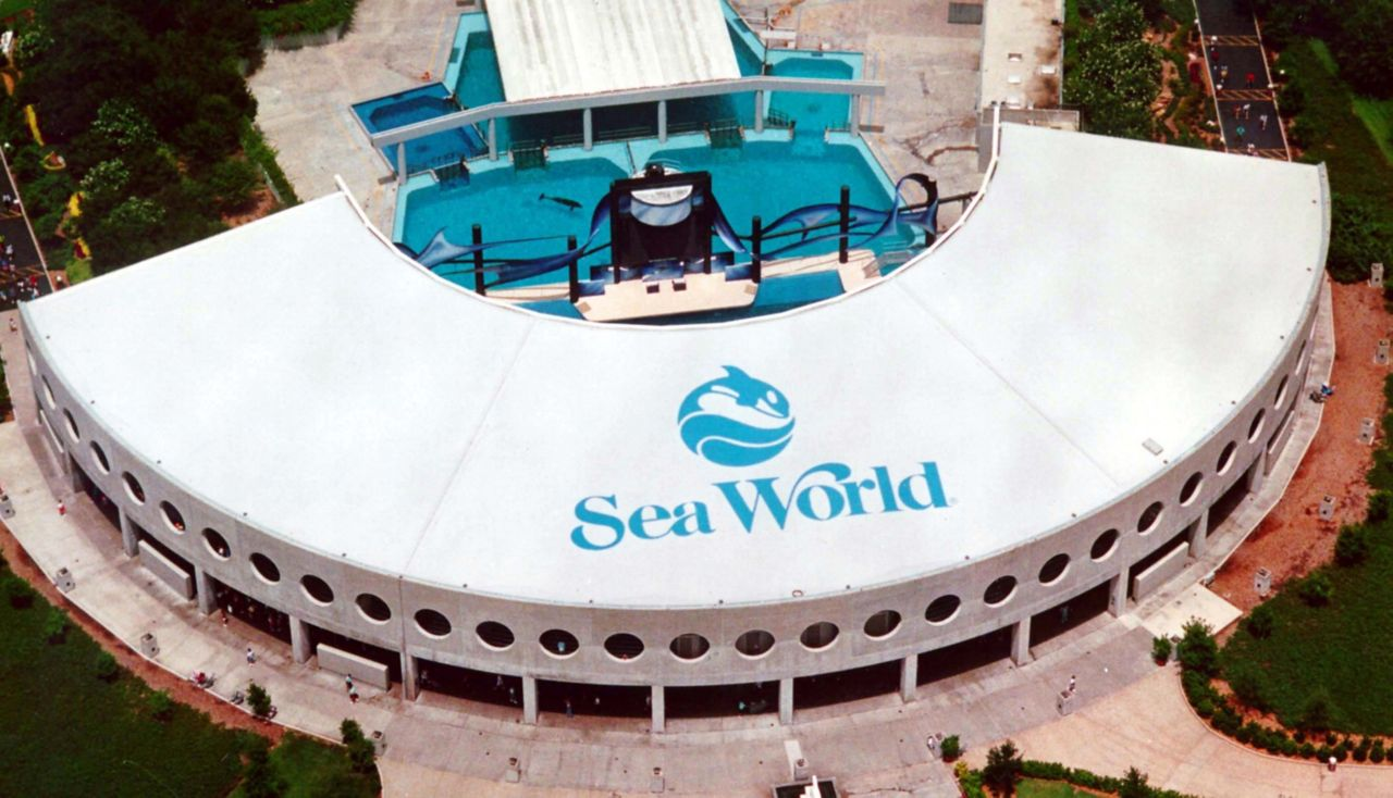 Sea World Sika Sarnafil Roof Logo