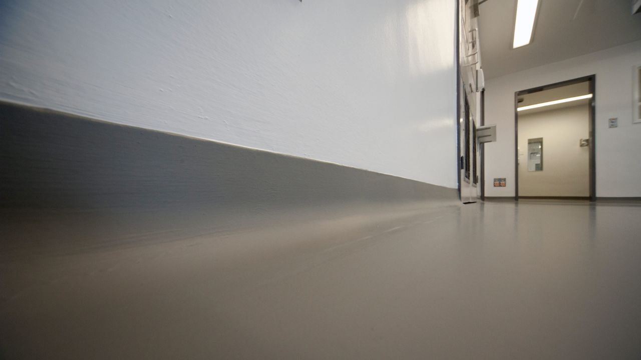 Sikagard descoglas seamless floor