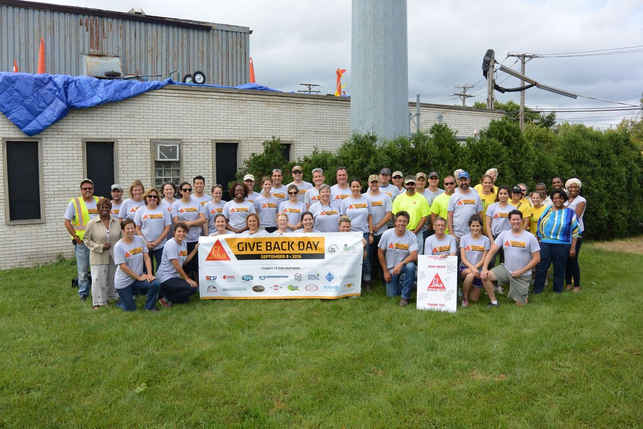 Sika Takes Part in Give Back Day