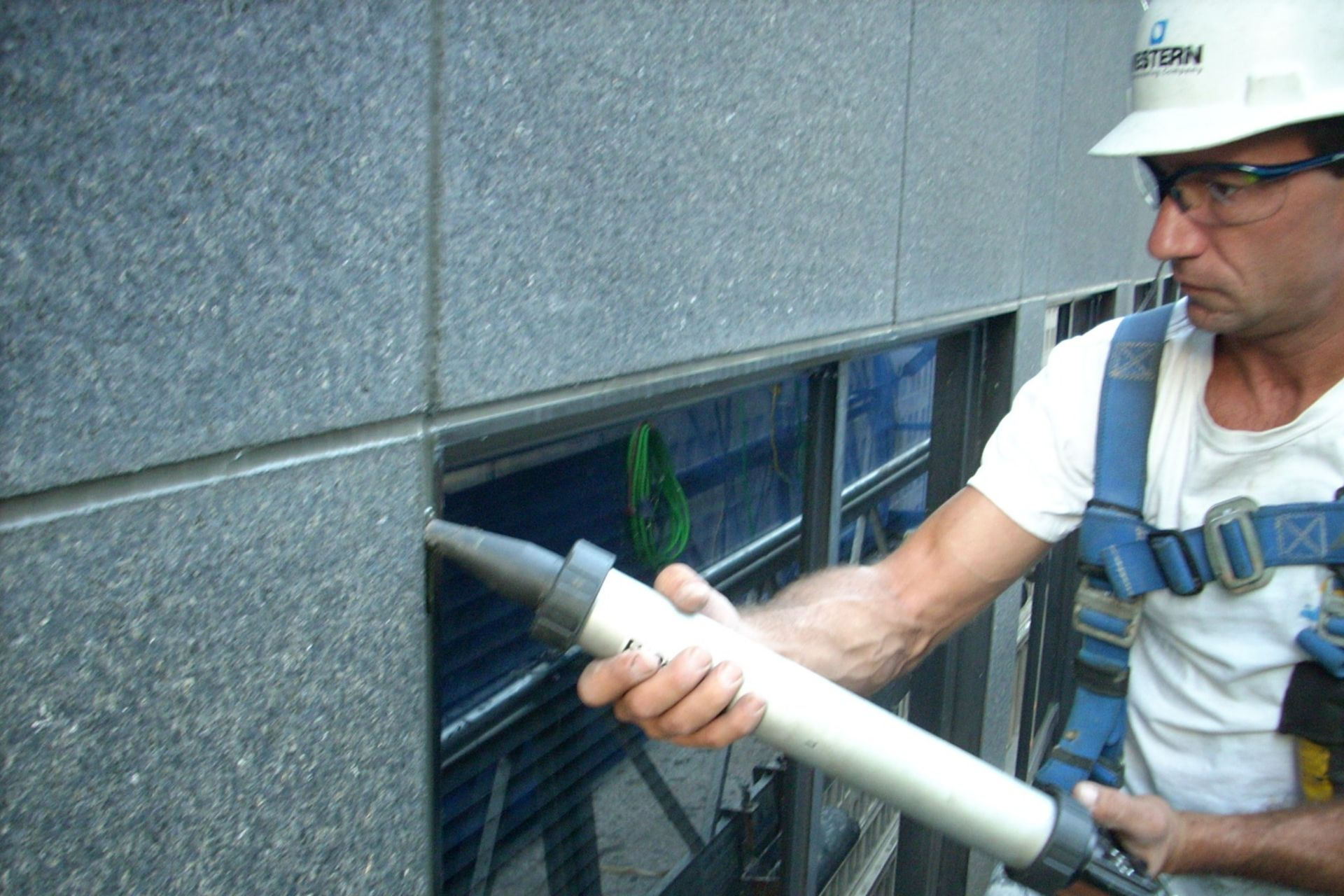Application of Silicone Sealant