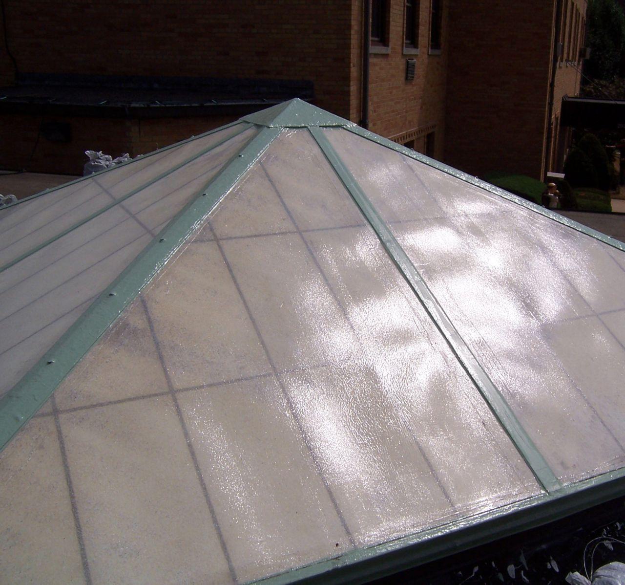 Fiberglass Pyrimid Shaped Skylight