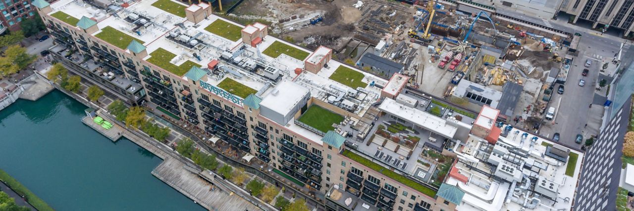 Appartment building complex with a green roof