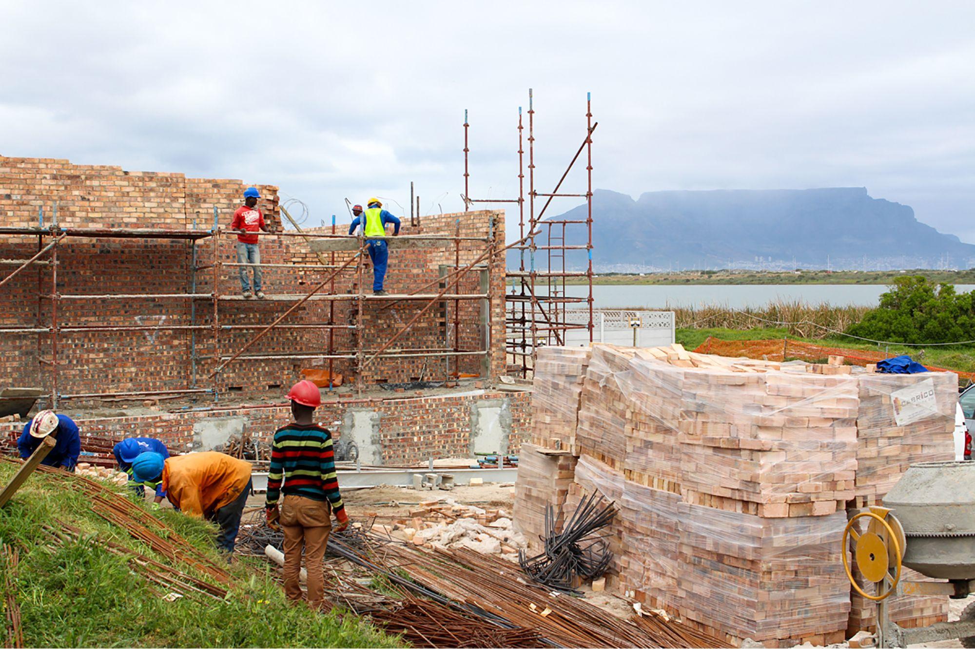 Watertight admixture advances level of waterproof concrete for SANCCOB rehabilitation centre